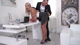 Sexy blonde agony aunt seduces two bosses to take double penetration
